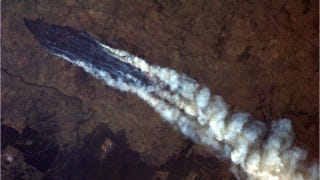 Illustration for article titled A disturbing glimpse of Australia's wildfires as seen from space
