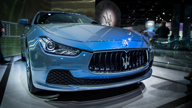 Illustration for article titled The Maserati Ghibli Ermenegildo Zegna Concept Has Some Damn Nice Paint