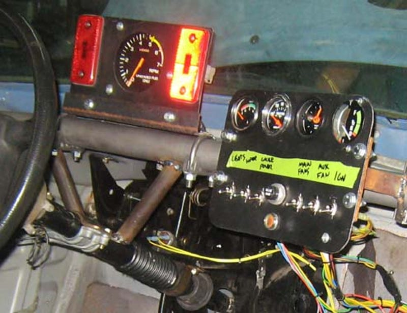 welcome to low budget race car wiring hell