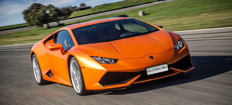 Illustration for article titled Finally The Lamborghini Huracan Gets What You've Always Wanted: Cupholders