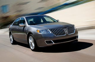 Illustration for article titled The Lincoln MKZ Hybrid: A Ford Fusion Hybrid In Honest-Abe Drag