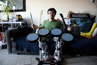 Illustration for article titled Rock Band Instruments Review (Verdict: Quality, but Can Your Livingroom Take the Mess?)