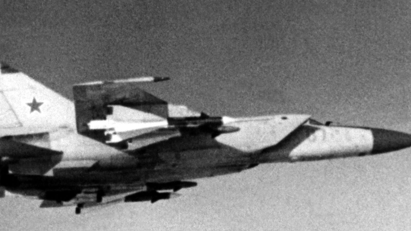 How One Soviet Pilot Pulled The Sheet Off The Ghostly Mig 25