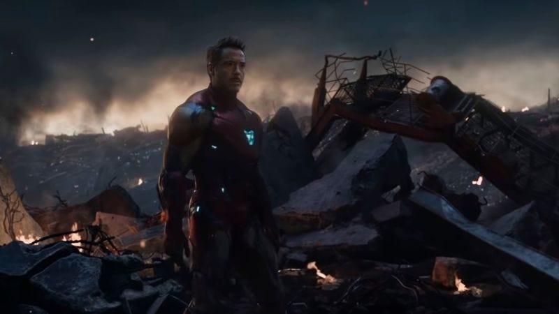 No pasa nada, Tony tampoco entiende los viajes en el tiempo de la película.Imagen: Marvel Studios