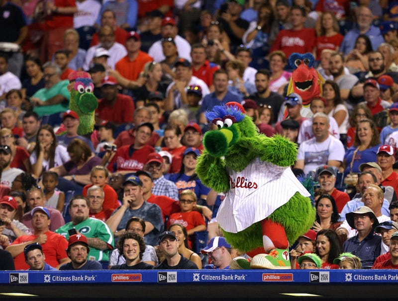 Illustration for article titled Phillie Phanatic Panics After Spotting Both Mistress And Wife In Stands