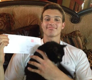 Illustration for article titled Rice Lands QB By Sending Recruiting Letter To His Cat