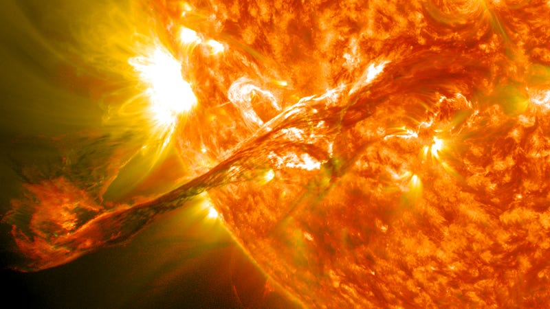 Illustration for article titled A Massive Solar Superstorm Nearly Blasted The Earth In 2012