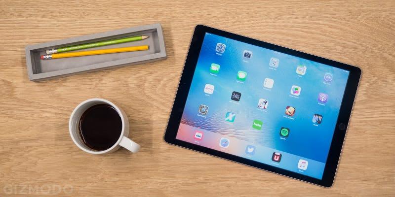 Illustration for article titled El iPad Pro logra superar en ventas a Microsoft Surface en solo tres meses