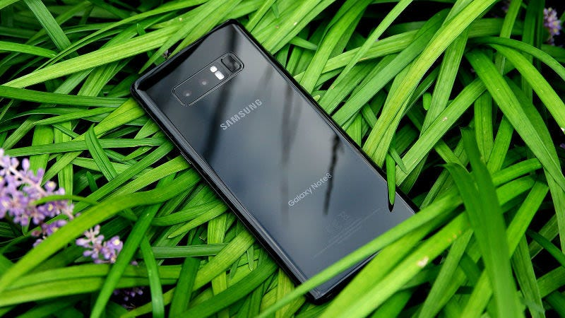 Use This Temporary Fix for the Galaxy Note 8's Battery Bug