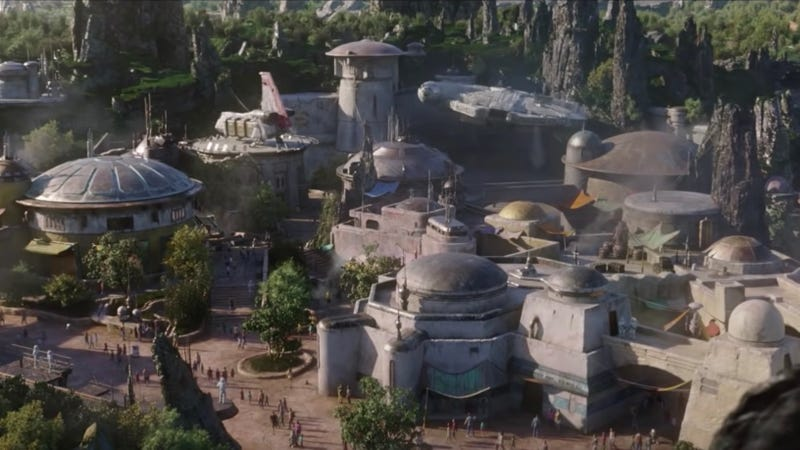Here's an idea of what Star Wars: Galaxy's Edge is going to look like when it opens in 2019.