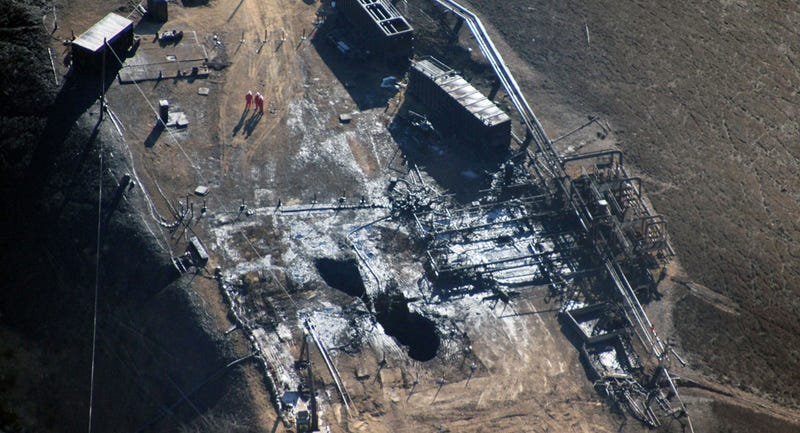 Aerial view of the relief well drilled at the Aliso Canyon facility near Porter Ranch, via Pete Dronkers/Earthworks/AP