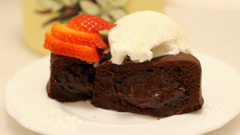 You Should Make Molten Chocolate Cakes in Your Instant Pot