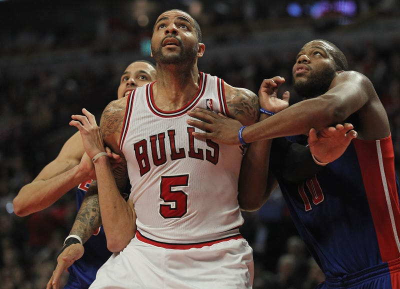 Illustration for article titled Carlos Boozer Says Bulls Are Better Than Last Year (No Thanks To Carlos Boozer)
