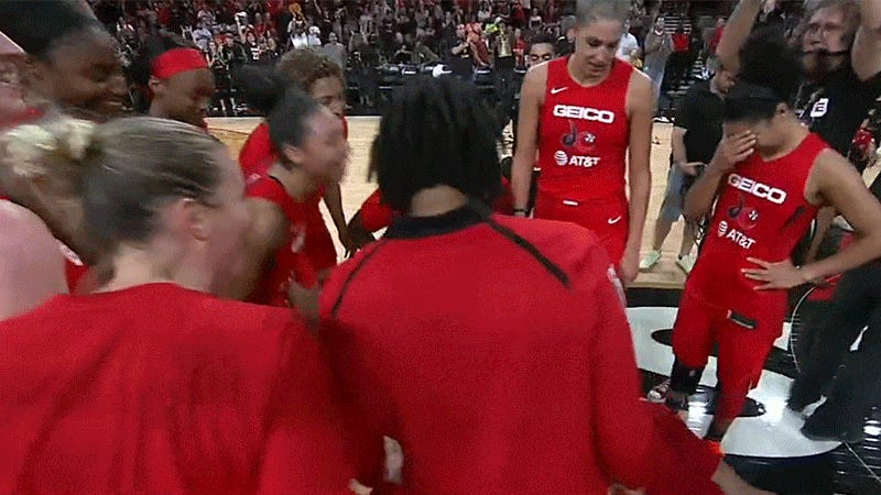 Liz Cambage Talked Trash To The Washington Mystics And They Gave It Right Back To Her