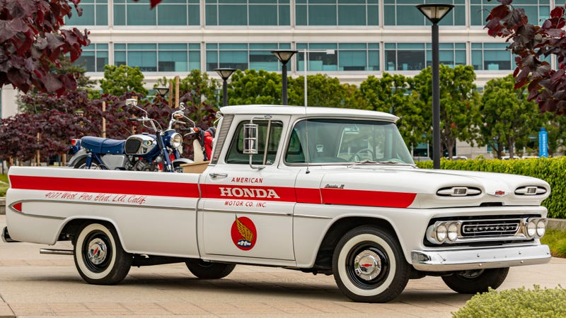 Old Chevy Truck >> Here S Why Honda Just Restored This Sweet Old Chevy Pickup