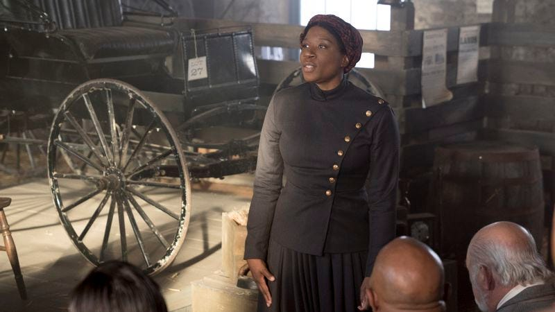 Aisha Hinds as Harriet Tubman in Underground (Photo: WGN)