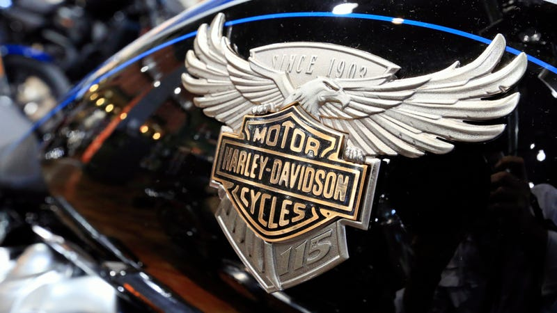 Illustration for article titled Trump Asked Harley-Davidson Not To Move Jobs Overseas After Starting A Trade War That Forced Harley To Move Jobs Overseas