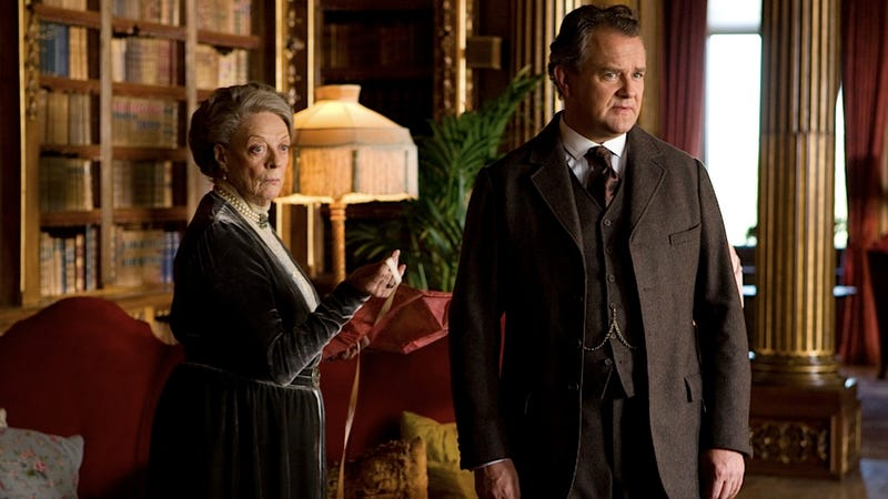 Illustration for article titled Downton Abbey's Creator Thinks Americans Are Too Fashion-Forward to Do Period Drama