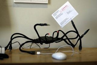 Illustration for article titled USB Hub Spider, So Cool It's Scary (Does That Count?)