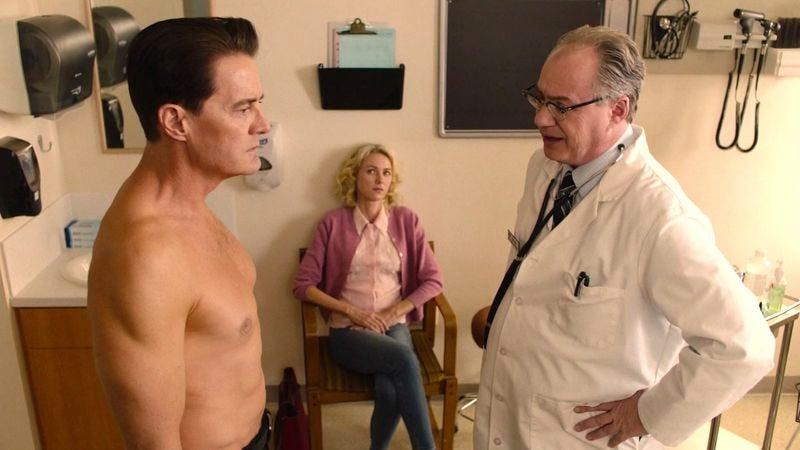 (Kyle MacLachlan, Naomi Watts, John Billingsley) (Screenshot: Twin Peaks)
