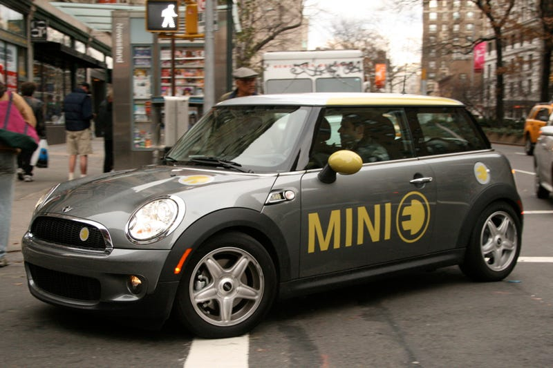 Illustration for article titled MINI E: First Drive