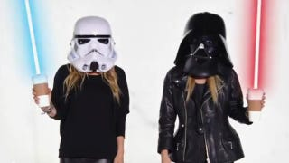 Illustration for article titled Mary-Kate and Ashley Olsen ruin Halloween (and Star Wars)