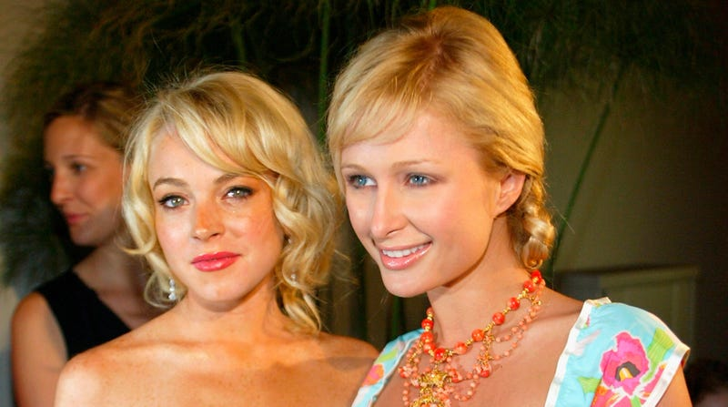 Illustration for article titled Paris Hilton Says Lindsay Lohan Is 'Beyond... Lame and Embarrassing'