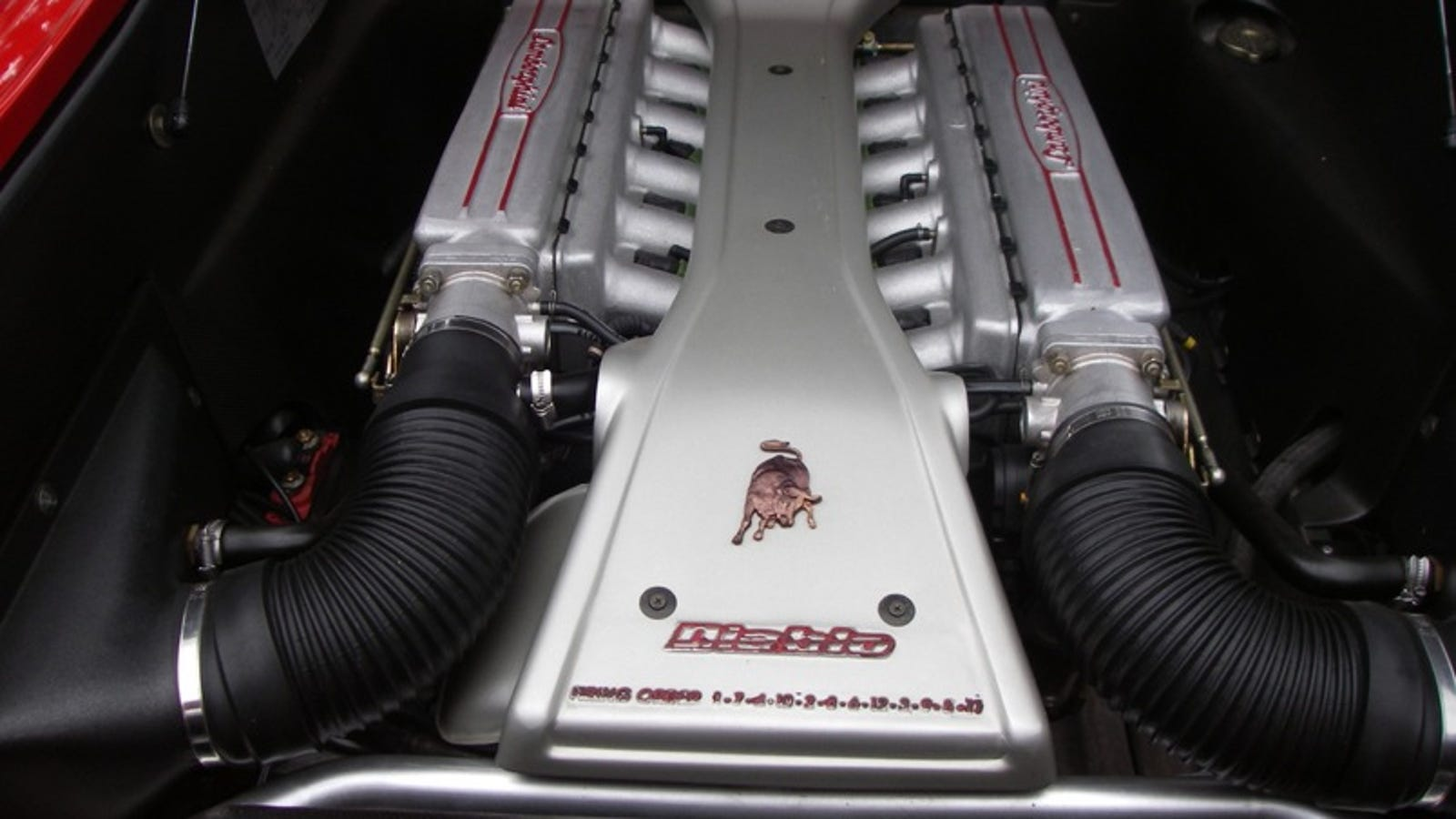 Lamborghini Diablo Supercar Teardown