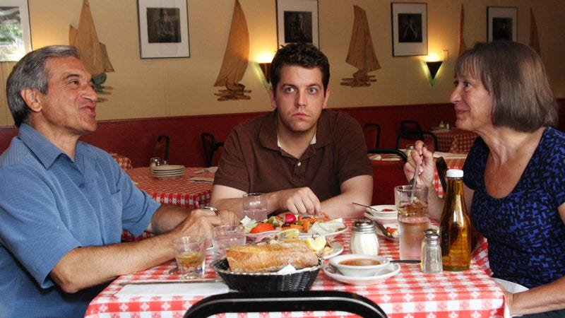 Kauffman pictures the life leaving his hospitalized father's face while at dinner with his parents.