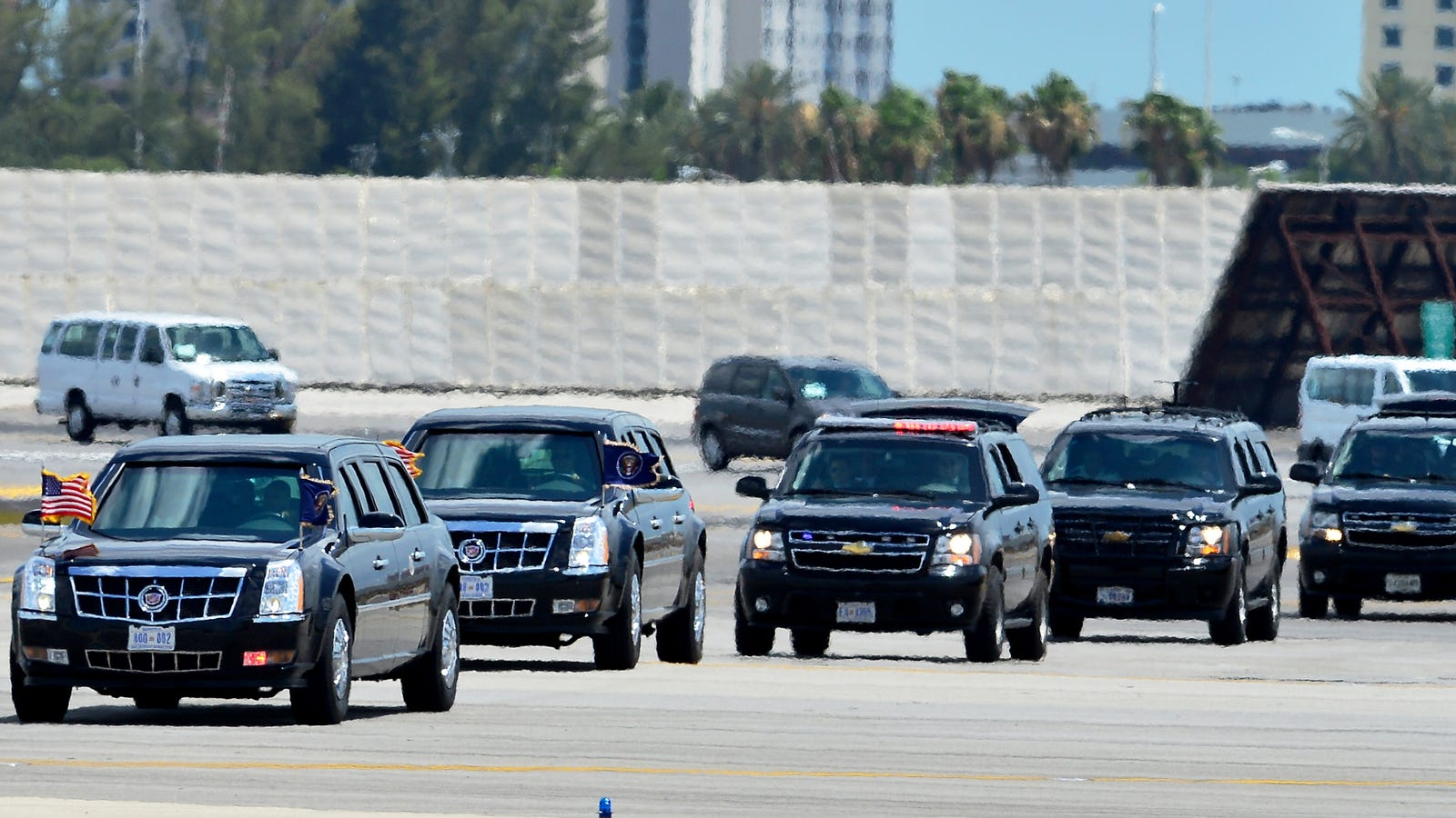 Why Are We Still Pretending The President's Limousine ...