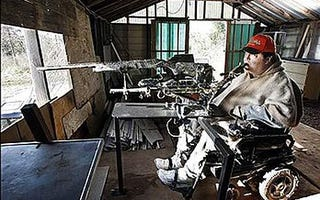 Illustration for article titled Quadriplegic Man Gets a License to Control a Shotgun with his Mouth