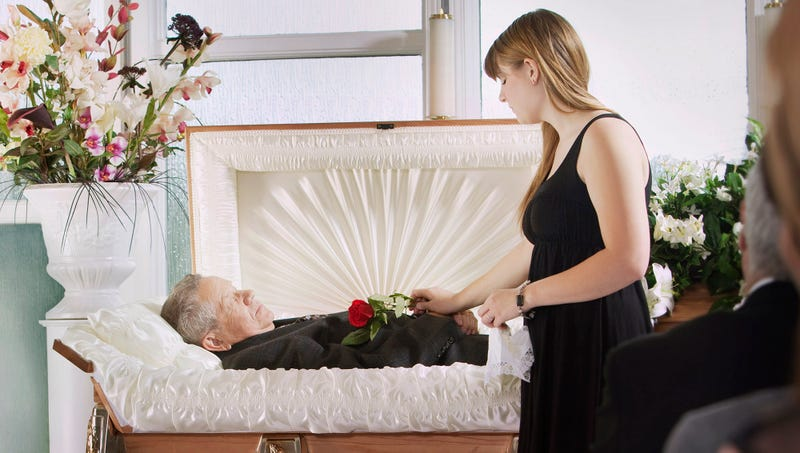 open casket really ruining vibe at funeral