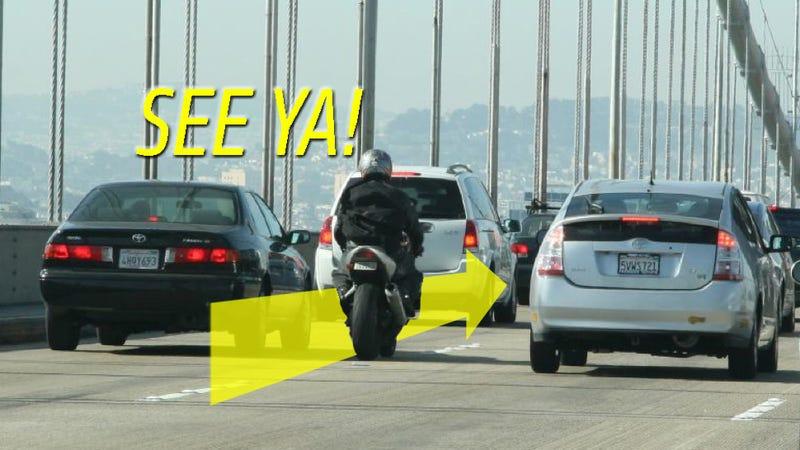 Illustration for article titled California Highway Patrol: 'Lane-Splitting Is Not Inherently Dangerous'