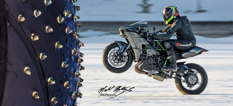 Illustration for article titled Nutcase Will Attempt The World's Fastest Wheelie On Ice With A 200 HP Kawasaki