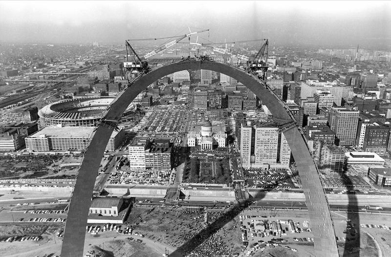 Illustration for article titled St. Louis's Riverfront Was a Thriving Neighborhood Before the Arch Was Built