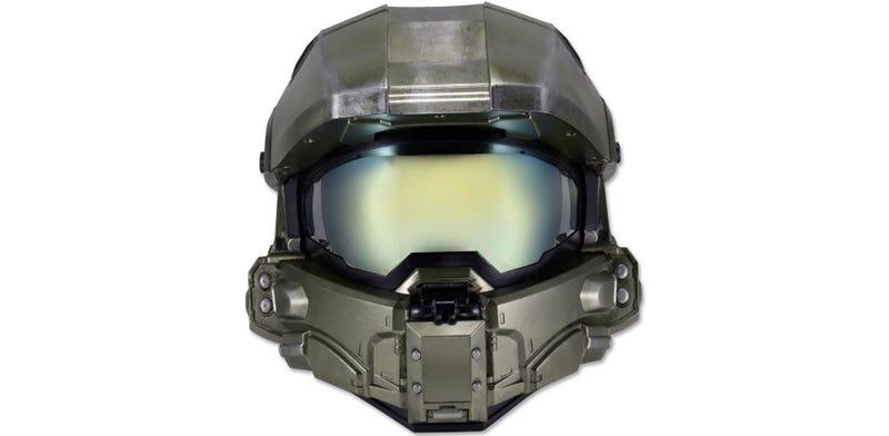 Illustration for article titled Una gran idea: el casco para moto del Master Chief de Halo