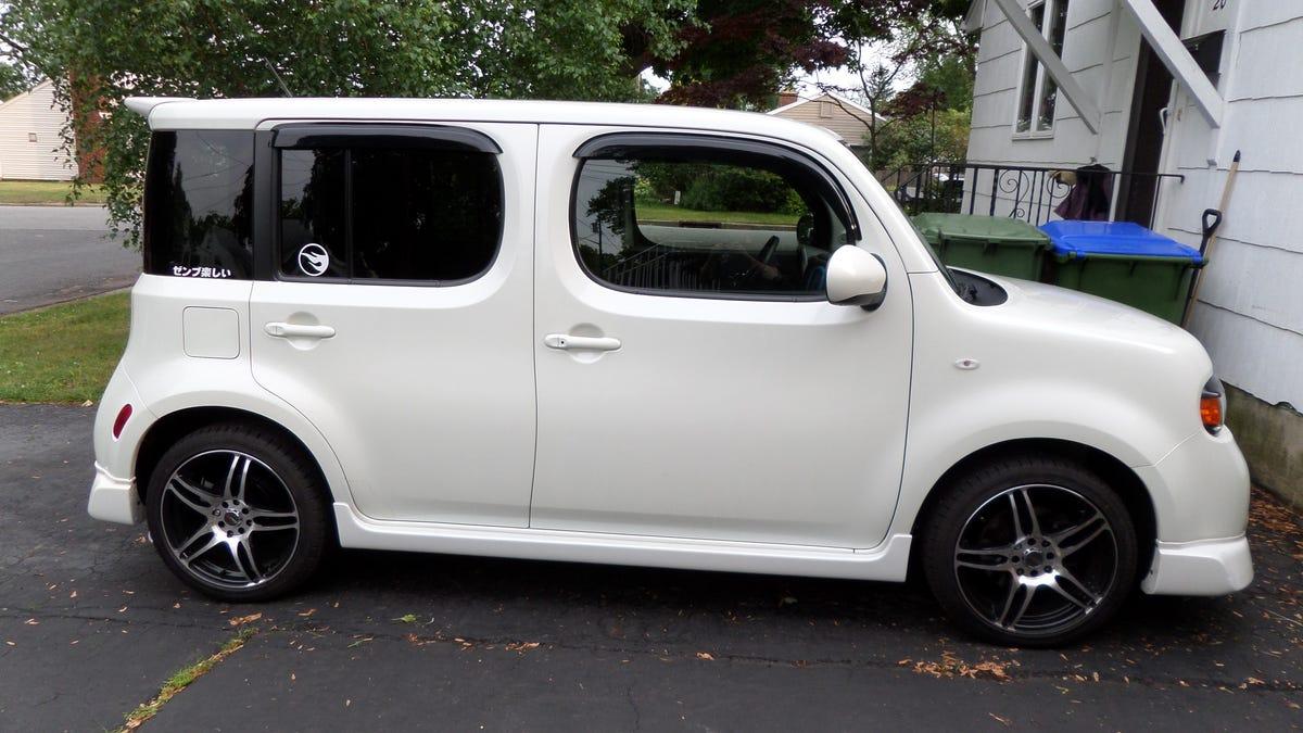 Nissan 2010 nissan cube : The 2010 Nissan Cube with optional Aero Kit