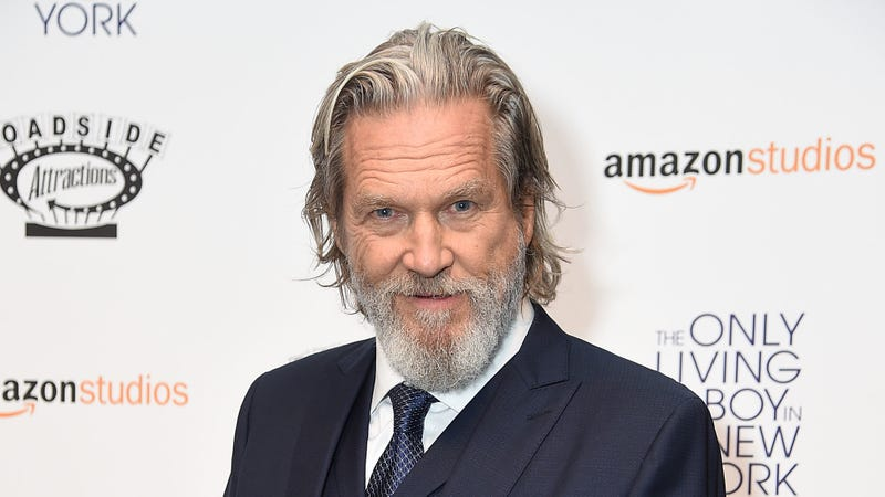 Illustration for article titled Old man Jeff Bridges to play The Old Man on FX