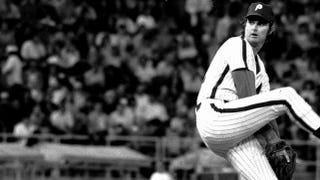 Illustration for article titled Steve Carlton Really Was A One-Man Team In 1972