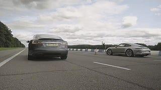 Watch Chris Harris Finally Review The Tesla Model S P100D Against The Porsche 911 R