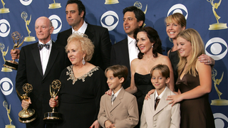 Illustration for article titled 19-Year-Old Everybody Loves Raymond Star Kills Himself At Family Home