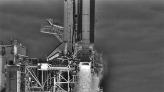 Illustration for article titled Last Space Shuttle Launch Captured in Stunning HDR