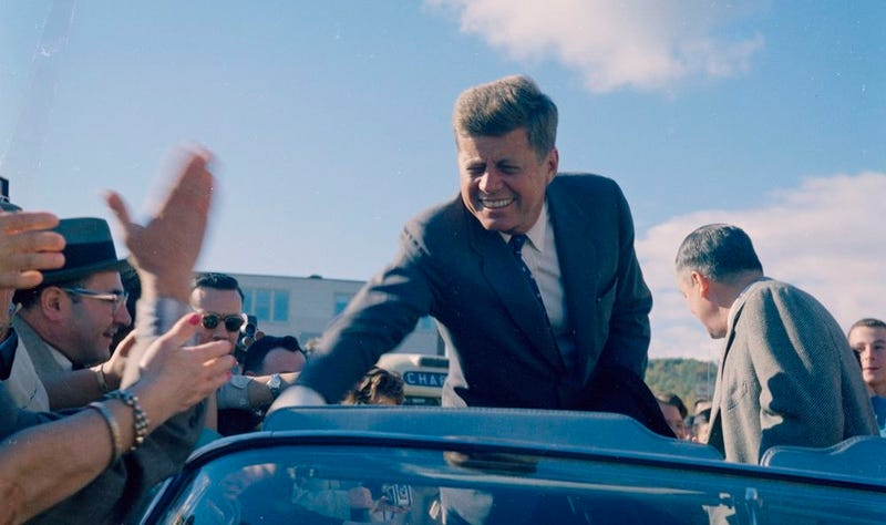 John F. Kennedy campaigning in Indiana on October 5, 1960 (Photo by Sven Walnum)
