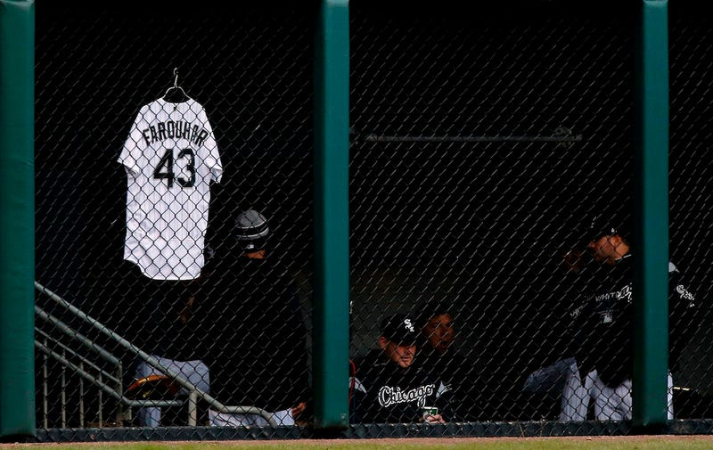 """Illustration for article titled White Sox Reliever Danny Farquhar Is """"In The Fight Of His Life"""" After Brain Hemorrhage"""