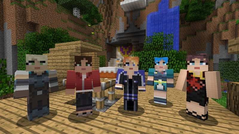 Illustration for article titled Now You Can Play With Left 4 Dead And Gears of Wars Characters In Minecraft for Xbox