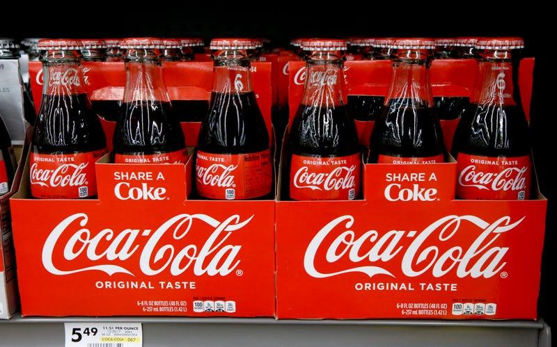 Illustration for article titled Coca-Cola está en conversaciones para entrar en el negocio de las bebidas de cannabis