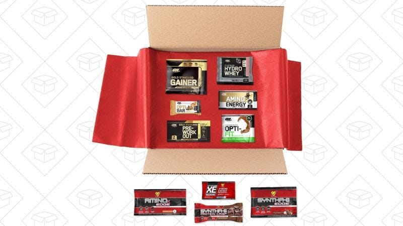 Caja con muestras de proteínas Optimum Nutrition y BSN, $8 + $8 de crédito