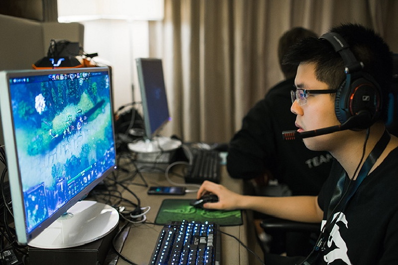 Illustration for article titled Dota 2 Player Accuses Former Team Of Mishandling Prize Money