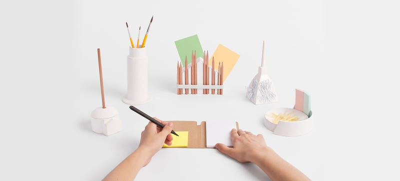 Illustration for article titled A Desk Set That Makes Your Workspace Look Like Italy