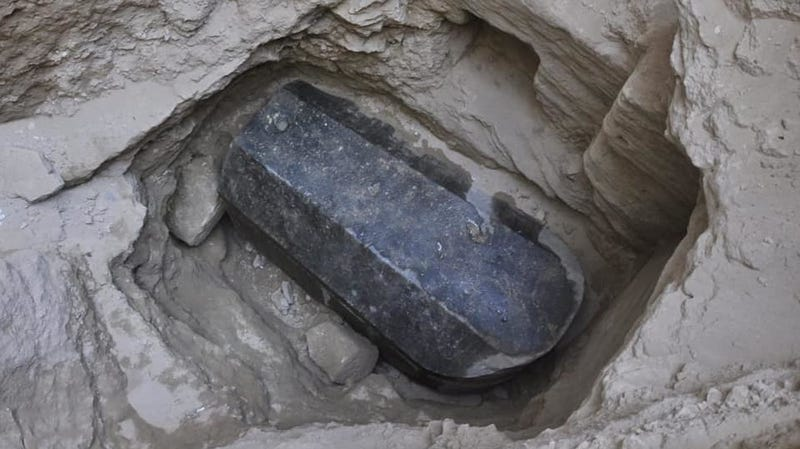 Illustration for article titled Big Mysterious Sarcophagus Opened, Sucks